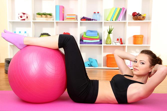 fitness-Aσκήσεις-στο-σπίτι-www.beauty-secrets.gr