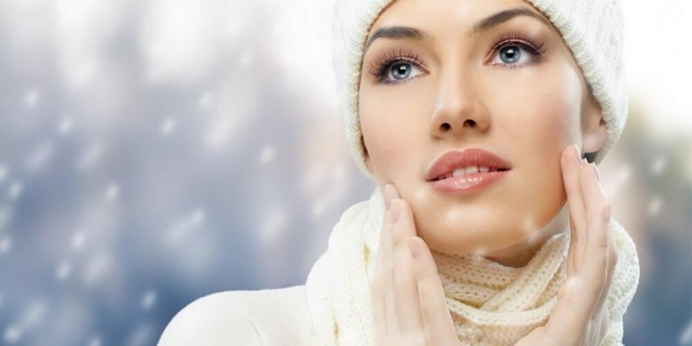 Μυστικά ομορφιάς για ενυδατωμένο πρόσωπο και το χειμώνα
