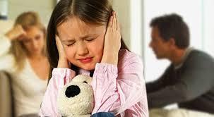Βίαιο διαζύγιο- Πληγή που αιμορραγεί για τα παιδιά!