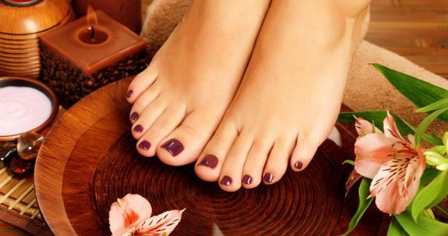 Μικρά μυστικά για τη σωστή περιποίηση των ποδιών!