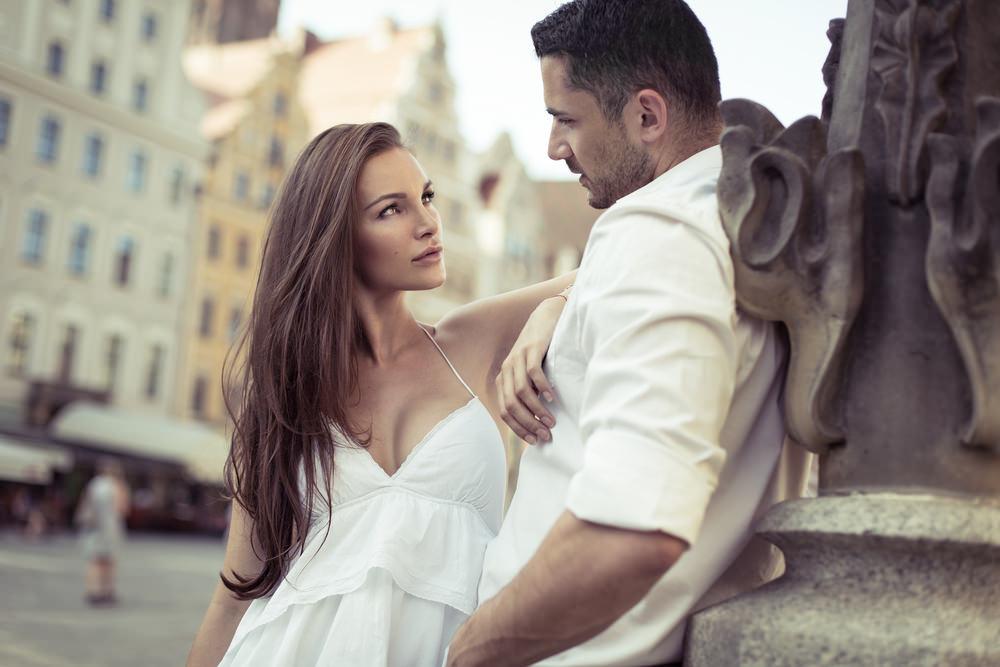 Γιατί οι άντρες πιστεύουν ότι οι γυναίκες σκέφτονται όπως αυτοί;