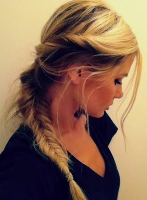 πλεξούδες στα μαλλιά