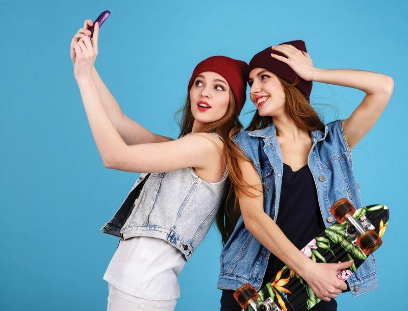 Ο πιο απλός τρόπος για να δείχνεις σαν celebrity στις φωτογραφίες σου