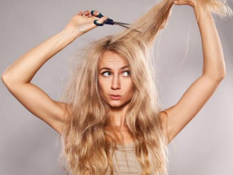 8+1 Τρόποι να γλυτώσετε από το φριζάρισμα των μαλλιών