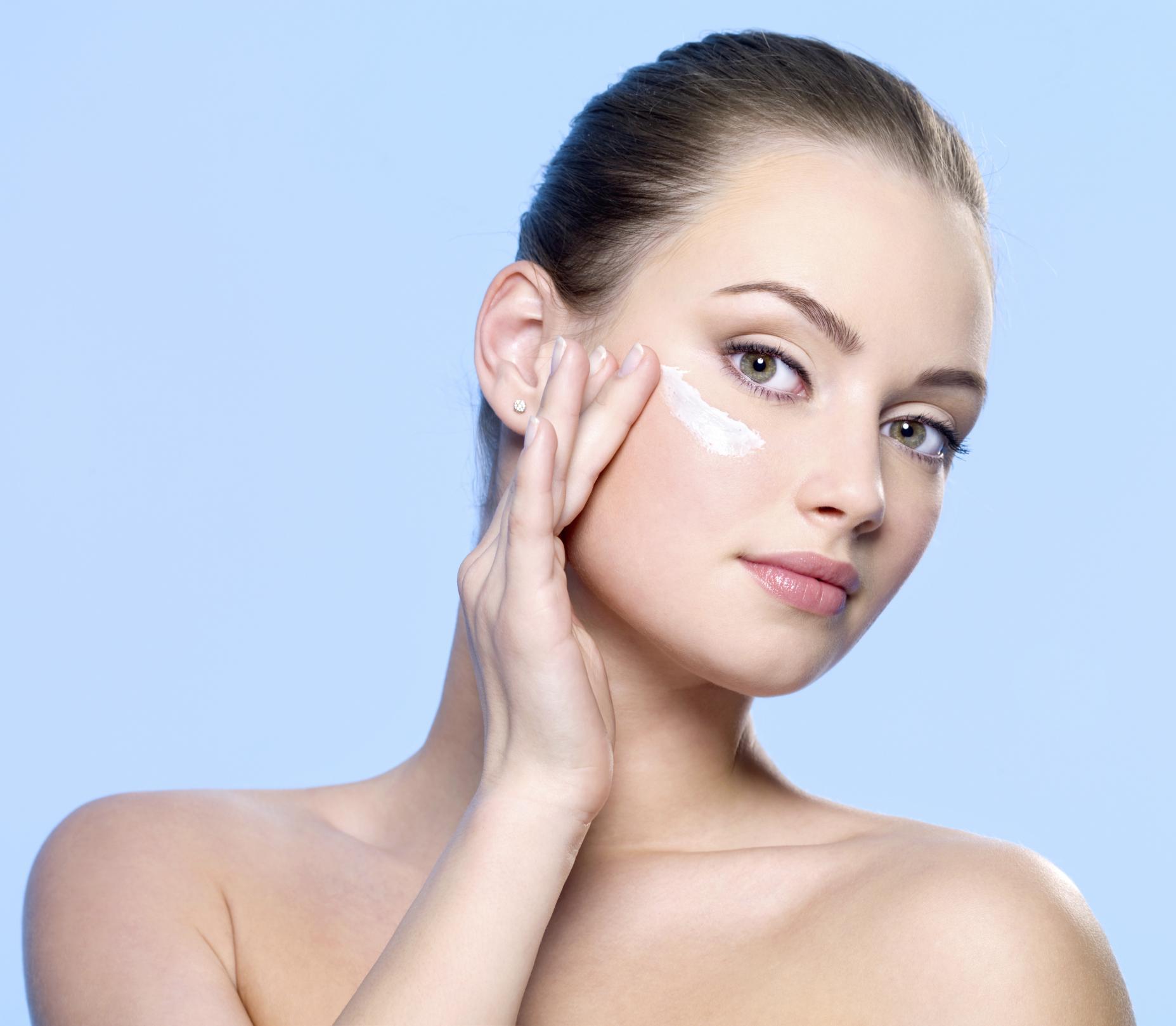 8+1 Beauty tips για λιπαρά δέρματα