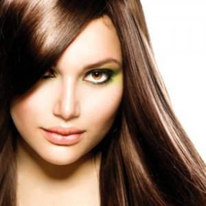 Καστανά μαλλιά-