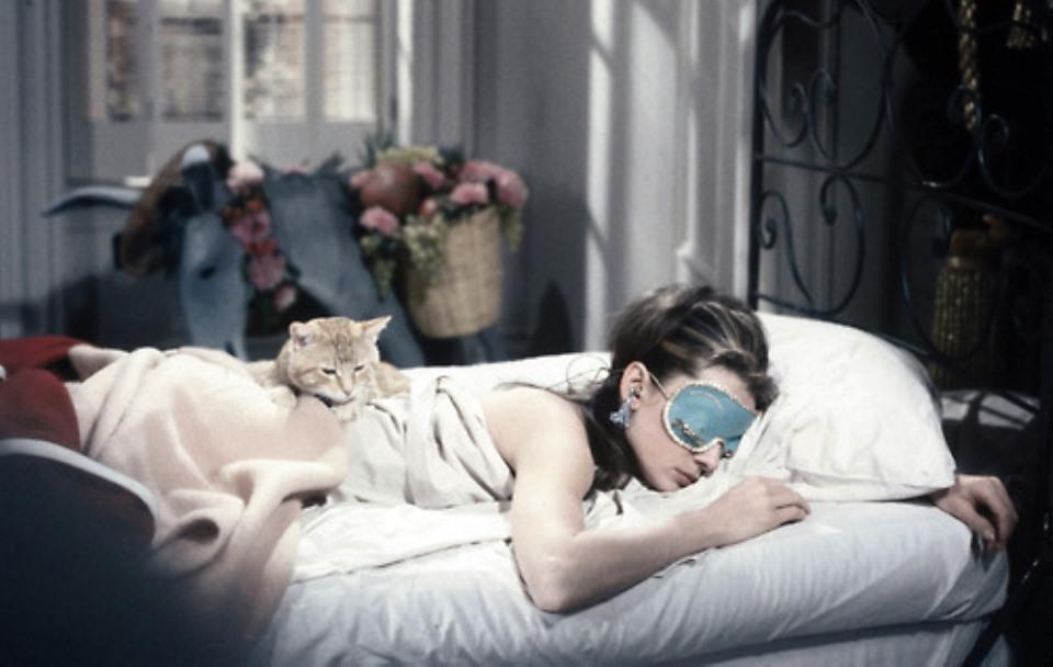 Οι καλύτερες και οι χειρότερες θέσεις για τον ύπνο