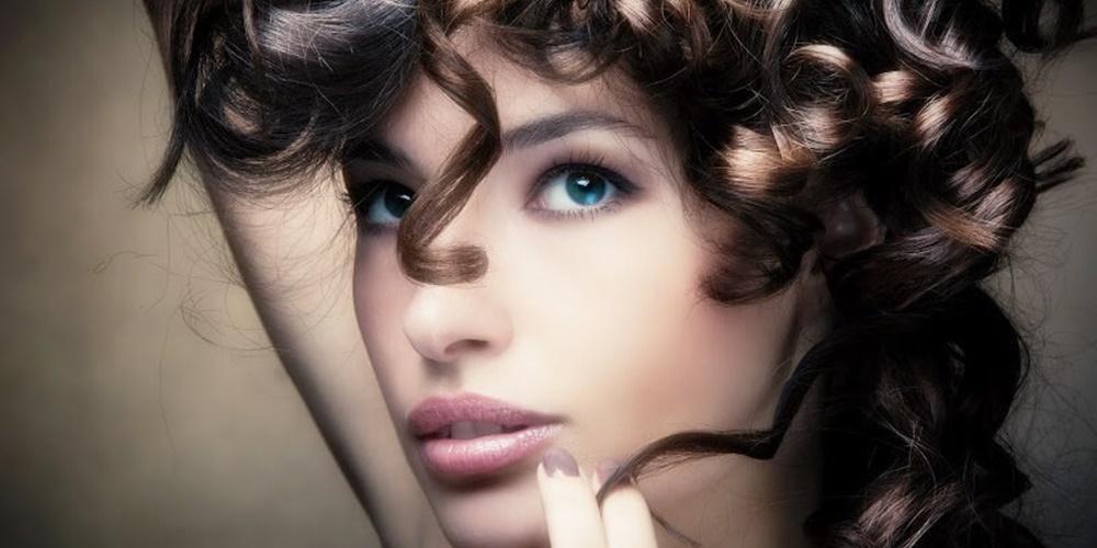 10 tips για όμορφα σγουρά μαλλιά