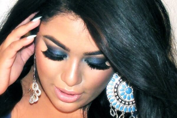 blue-smokey-eyes-www-beauty-secrets-gr1
