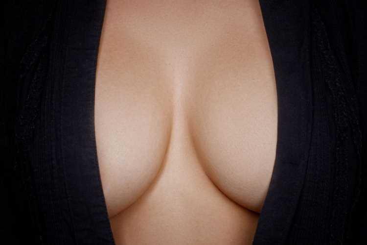 Στήθος στητό και σφριγηλό