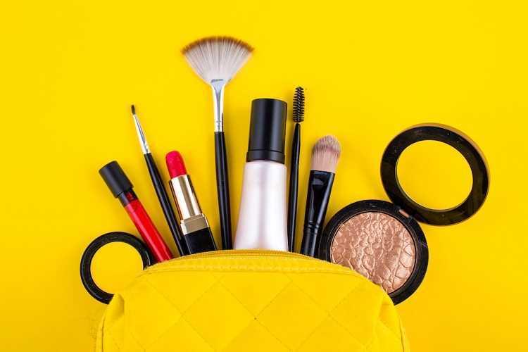 Σύνεργα μακιγιάζ:Μάθε πως θα τα καθαρίσεις & διατηρήσεις σωστά!