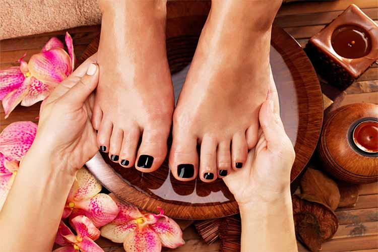 pedicure-tips-teleia-podia-kalokairi