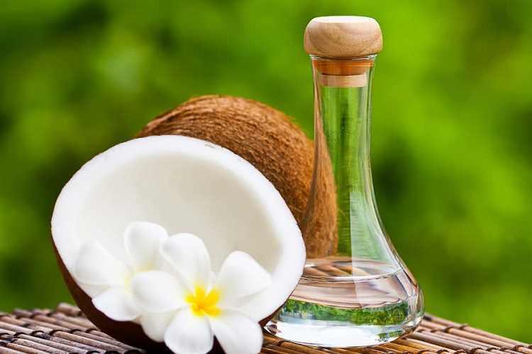 5 beauty χρήσεις της καρύδας στο σώμα και στα μαλλιά σου!