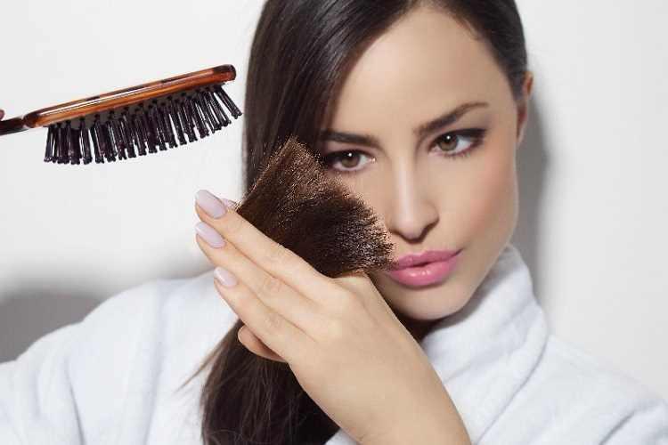 Πως θα σώσετε τα αφυδατωμένα σας μαλλιά γεμάτα ψαλίδα!
