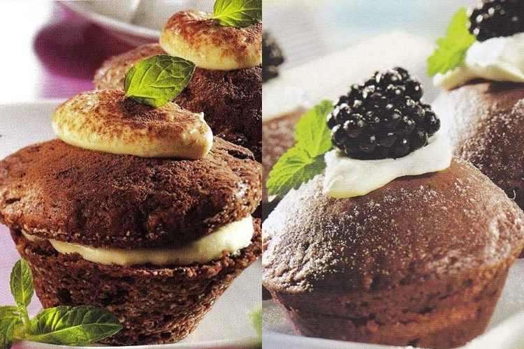 2 συνταγές για μάφινς σοκολάτα με μασκαρπόνε και βατόμουρα!