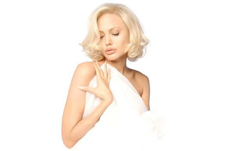επανόρθωση μαλλιών από ντεκαπάζ
