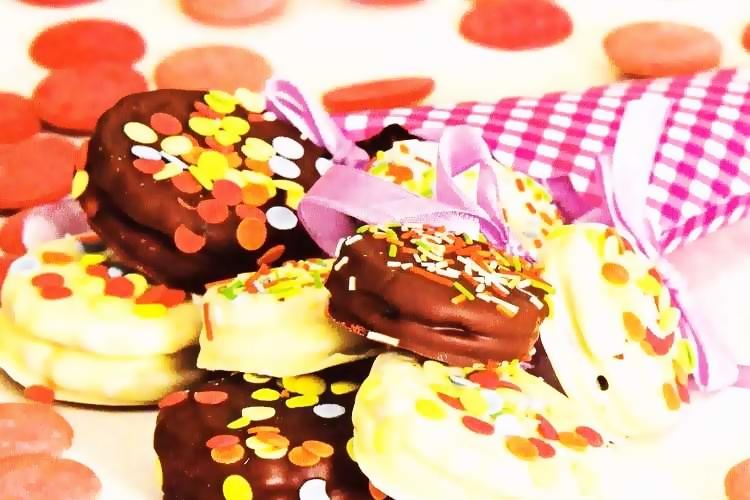 Παιδικά μπισκότα με επικάλυψη σοκολάτας!