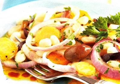 Φασόλια σαλάτα με ελιές