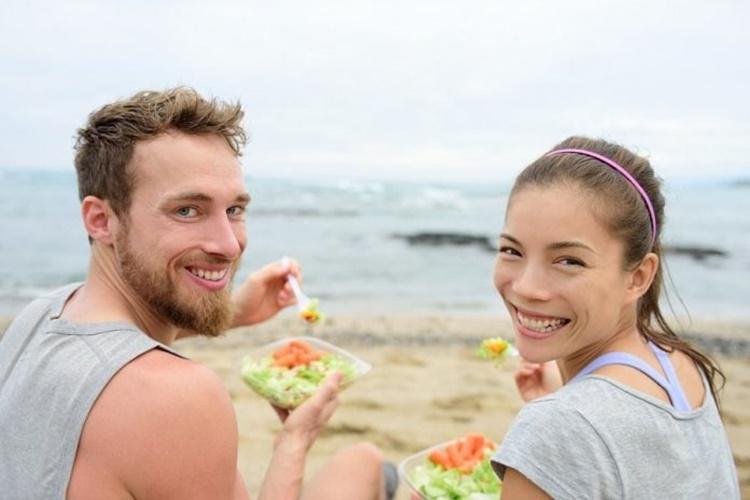 7 σούπερ τροφές που καίνε λίπος και ενεργοποιούν τον μεταβολισμό