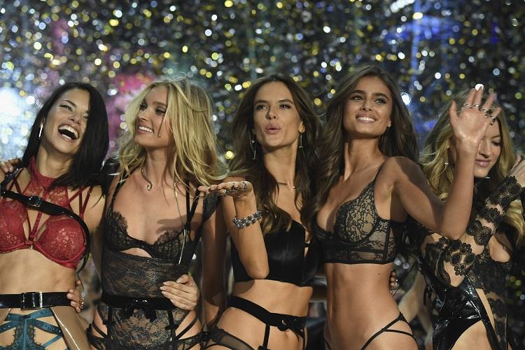 Εσώρουχα Victoria's Secret 2019:Θα σε μετατρέψουν σε μια σέξι γυναίκα!