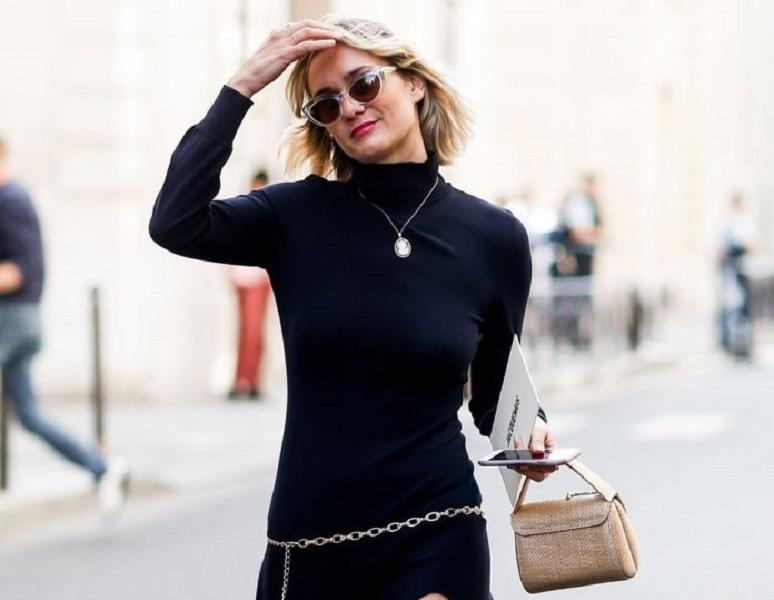 5 γιορτινά outfits που αποδεικνύουν πως χρειάζεστε μόνο ένα μαύρο φόρεμα