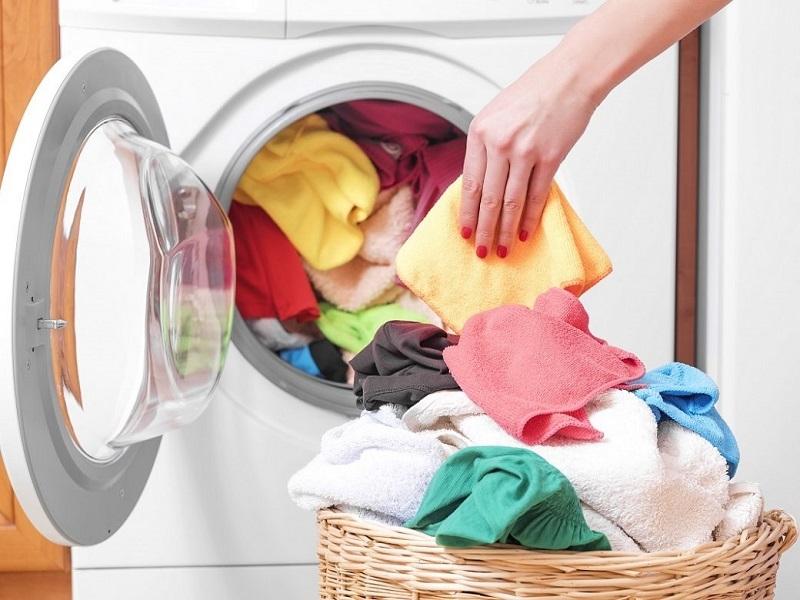 Φυσικά καθαριστικά ρούχων