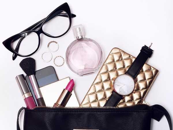 8 απαραίτητα προϊόντα ομορφιάς που πρέπει να έχει κάθε τσάντα!