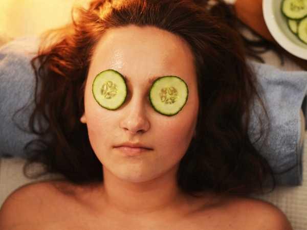 Πως να φροντίσεις το πρόσωπό σου με απλά, σπιτικά υλικά