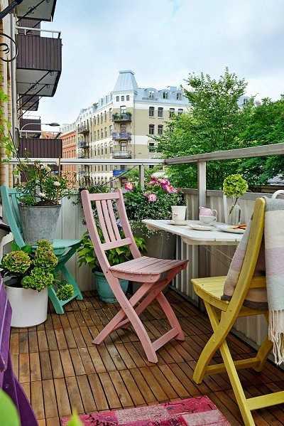 Διαλέξτε πτυσσόμενα έπιπλα για το μπαλκόνι