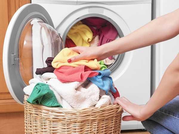 5 λάθη με το πλύσιμο που μπορούν να καταστρέψουν τα ρούχα