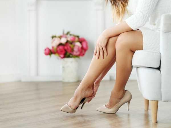 Πρησμένα πόδια: 6 tips για να τα ανακουφίσεις!