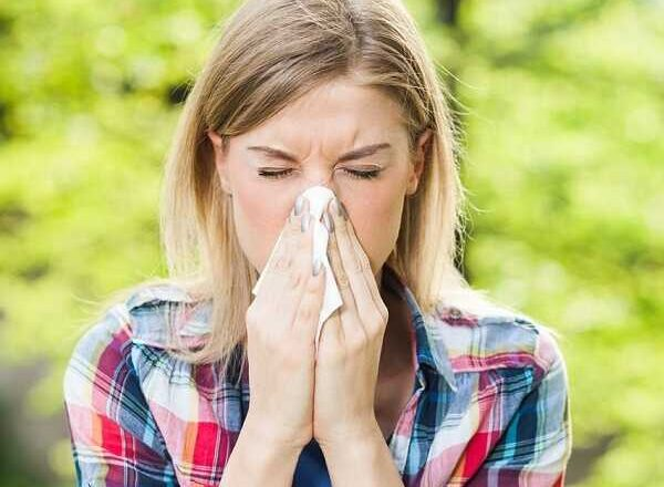 Καλοκαιρινές αλλεργίες που εγκυμονούν κινδύνους