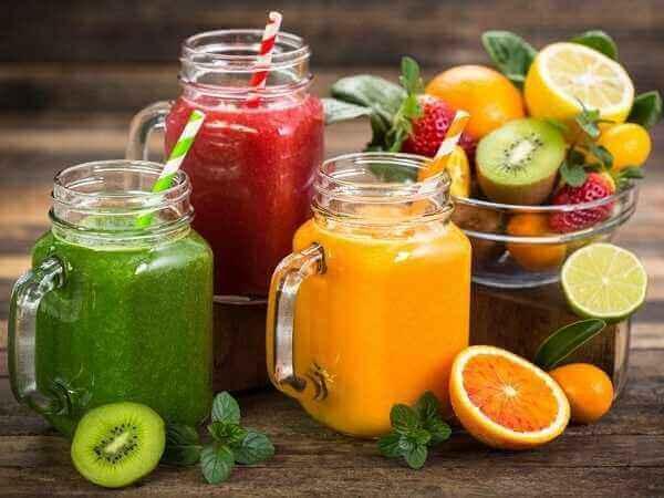 6 ροφήματα για καλή υγεία, αποτοξίνωση & λάμψη!