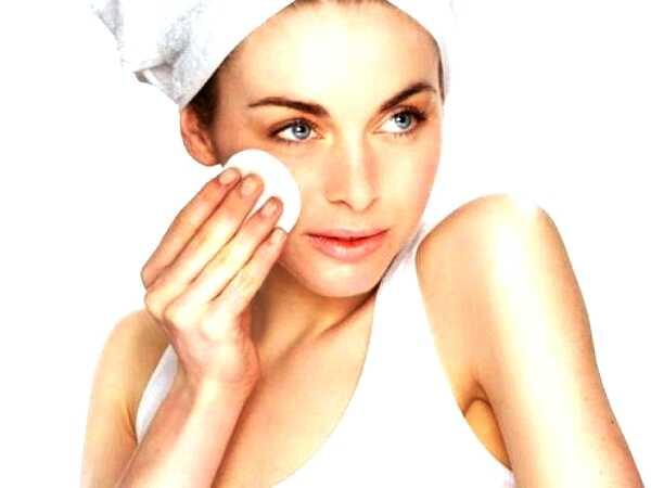7 Φυσικές τονωτικές λοσιόν για καθαρό δέρμα!