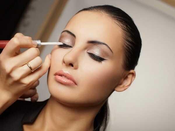 Εύκολο και γρήγορο μακιγιάζ με τα καλύτερα προϊόντα!